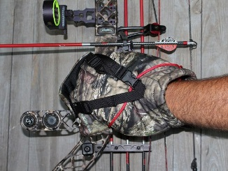 All-New Bow Hunting Insulated Mitt