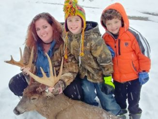 DEC holding photo contest for women who hunt in New York State