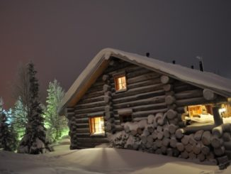 ENJOY THE CHRISTMAS SEASON IN THE GREAT OUTDOORS