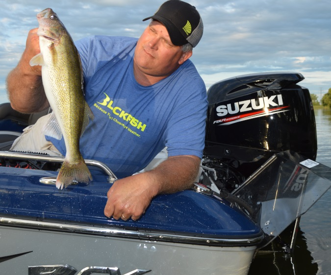 TROLL UP MORE WALLEYES IN THE SUMMER
